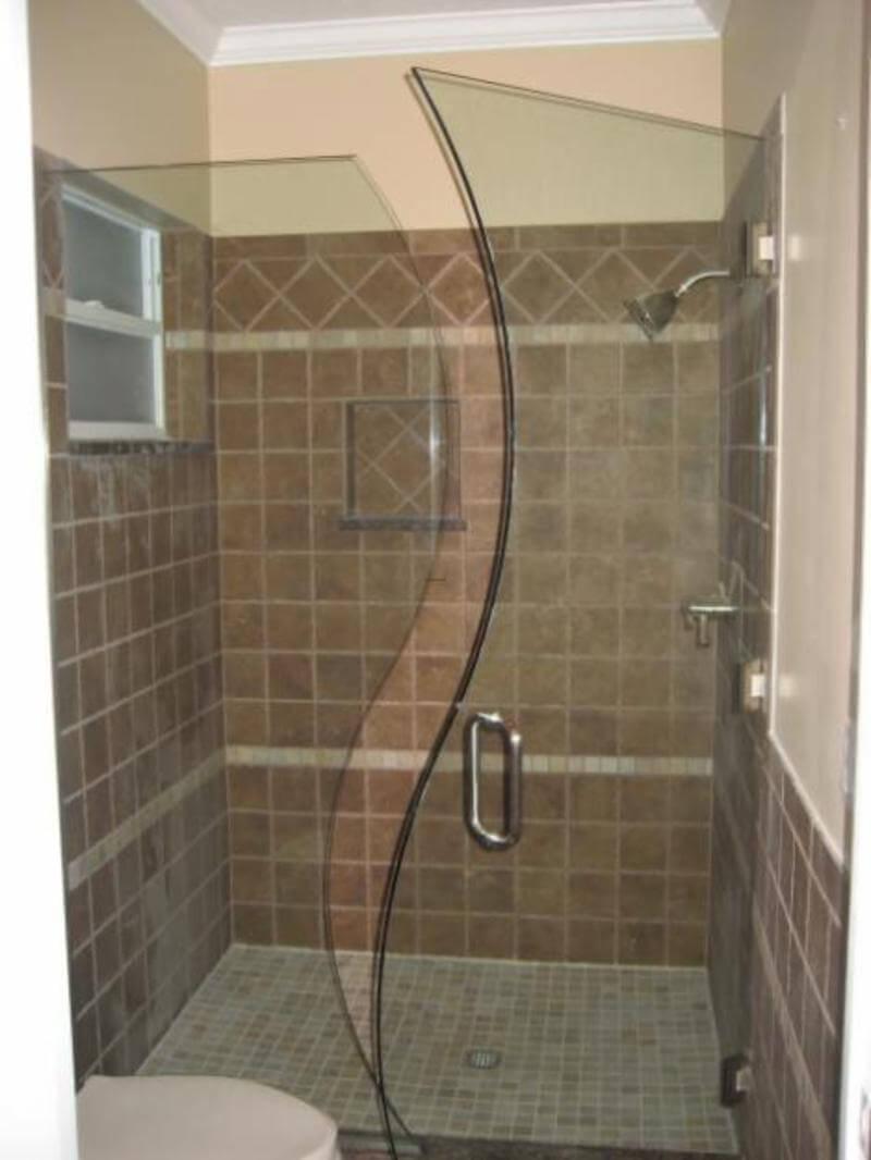 egyedizuhanyfal